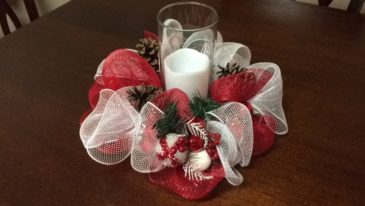 Diy Deco Mesh Christmas Centerpiece